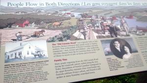 Istoria din parcare - Lookout-ul avea o mică descriere a Drumului Vechi Canadian.